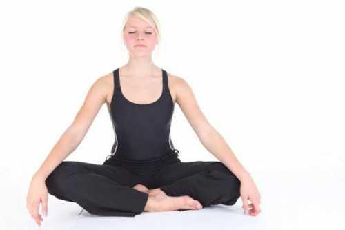 упражнения для растяжки спины